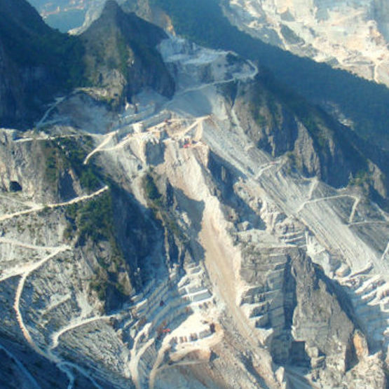 Shore excursion from Livorno to Carrara marble quarries and