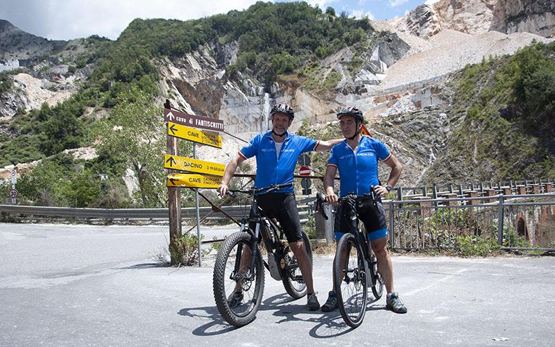 cave di marmo in bicicletta